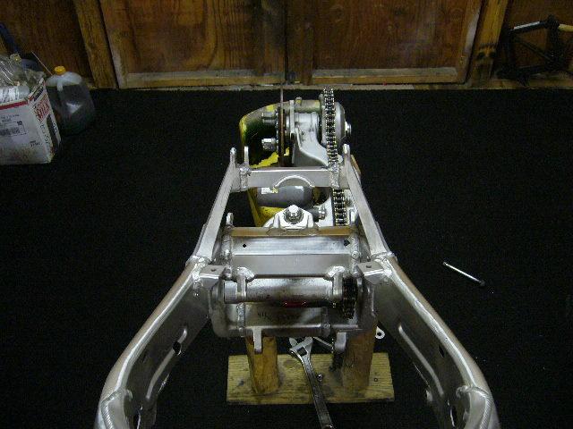 Name:  gsxr 1000 engine 061.jpg Views: 142 Size:  89.9 KB