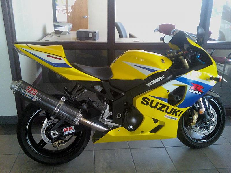 http://www.gixxer.com/forums/attachment.php?attachmentid=137036&stc=1&d=1274183722