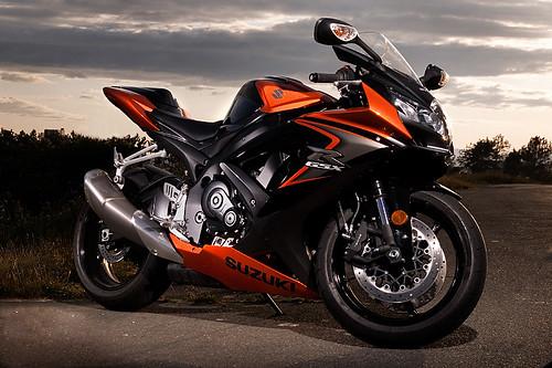 Black and Orange 750 | Suzuki GSX-R Motorcycle Forums Gixxer com